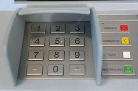 Bancomat colpiti da malware. Basta una chiavetta USB.